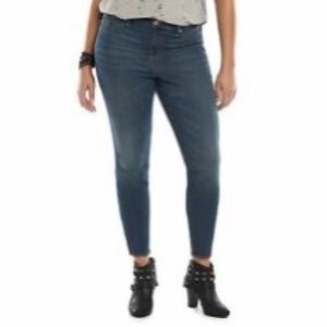 Rock and Republic Kashmiere Crop Jeans